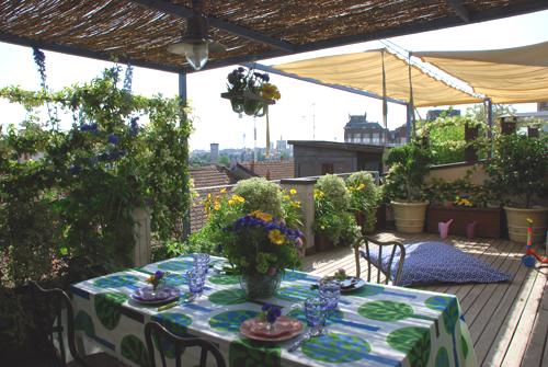 Colazione in terrazzo verdearchitettura - Decorare il terrazzo ...