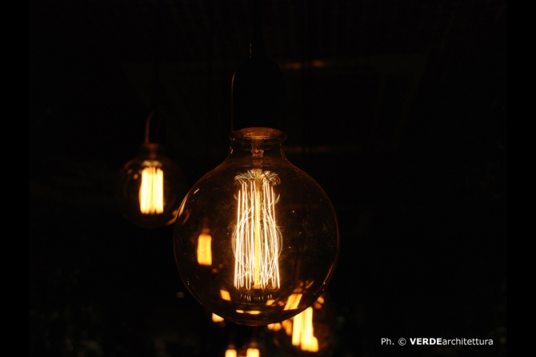 va_b_end-of-winter-comfort-zone-home-green-style_lighting 01